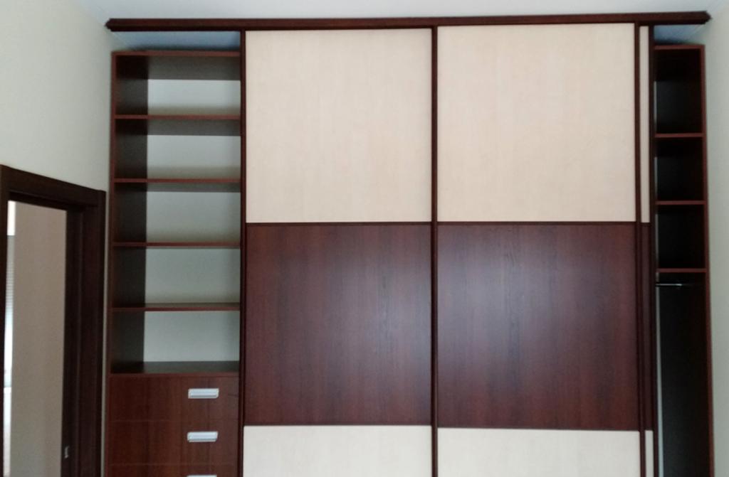 Шкаф в гардеробную Орех