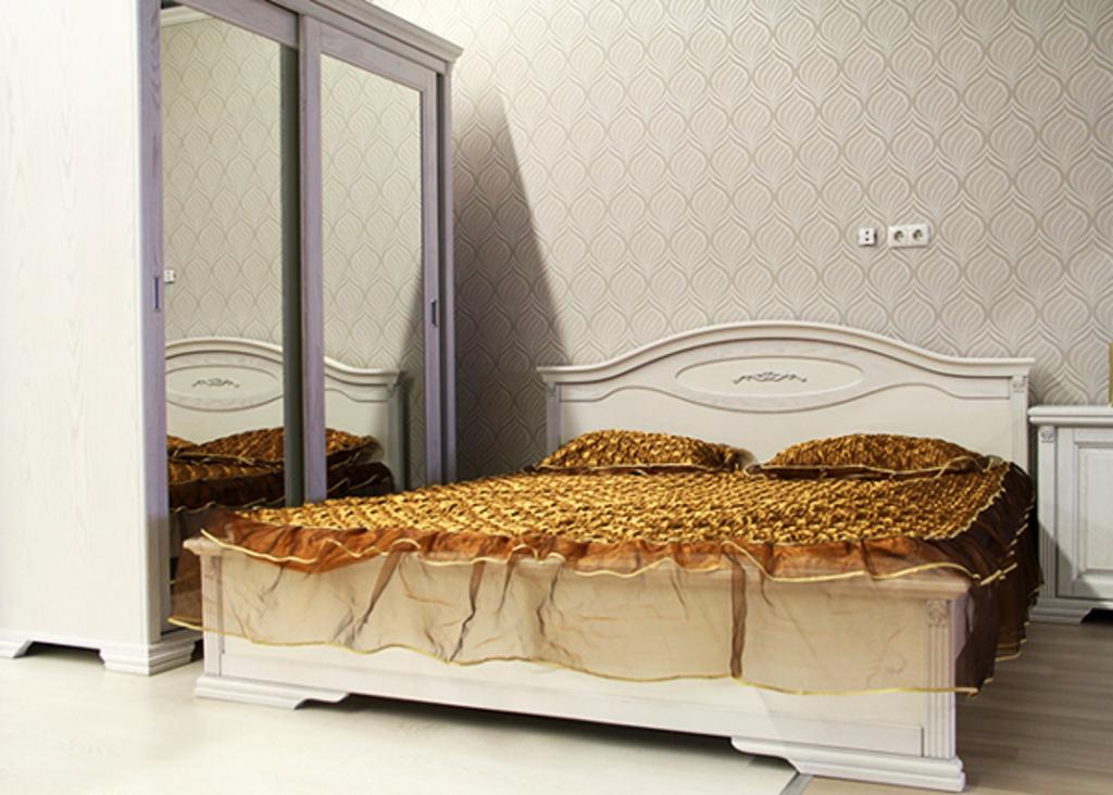 Кровать Кампания
